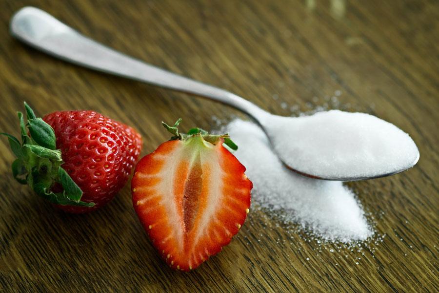 Aspartame, Sacarina, Sucralose, Estévia, Xilitol, saiba as principais diferenças entre os adoçantes