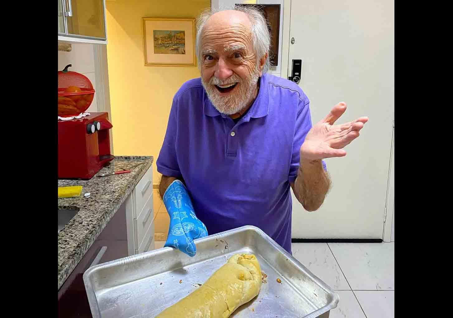 Cozinheiro! Ary Fontoura ensina receita fácil de pão e surpreende fãs: ''Super fácil''. Foto: Instagram